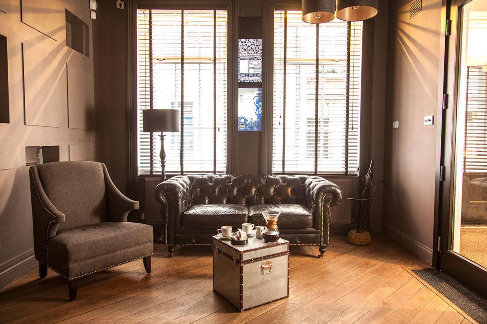 The Piano Bar, Club 16