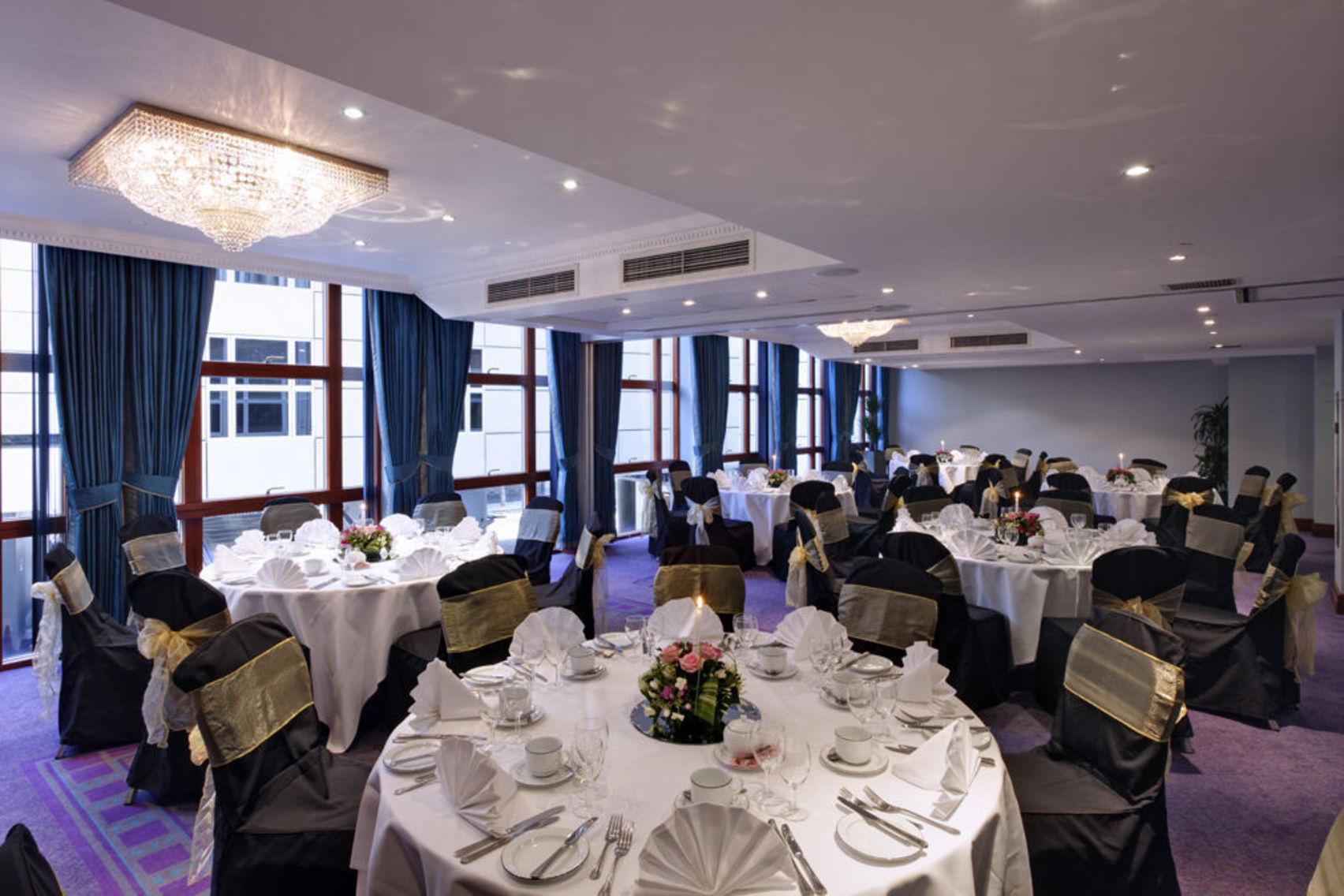 Perseus A, Grange Holborn Hotel