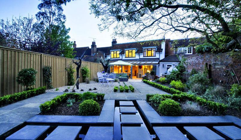 Muse, Lavender House