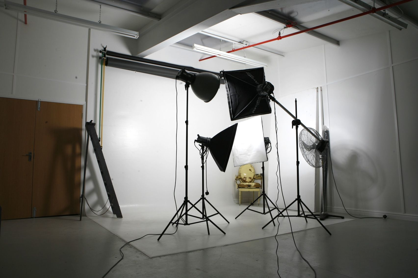 Photographic Studio, SN Studio