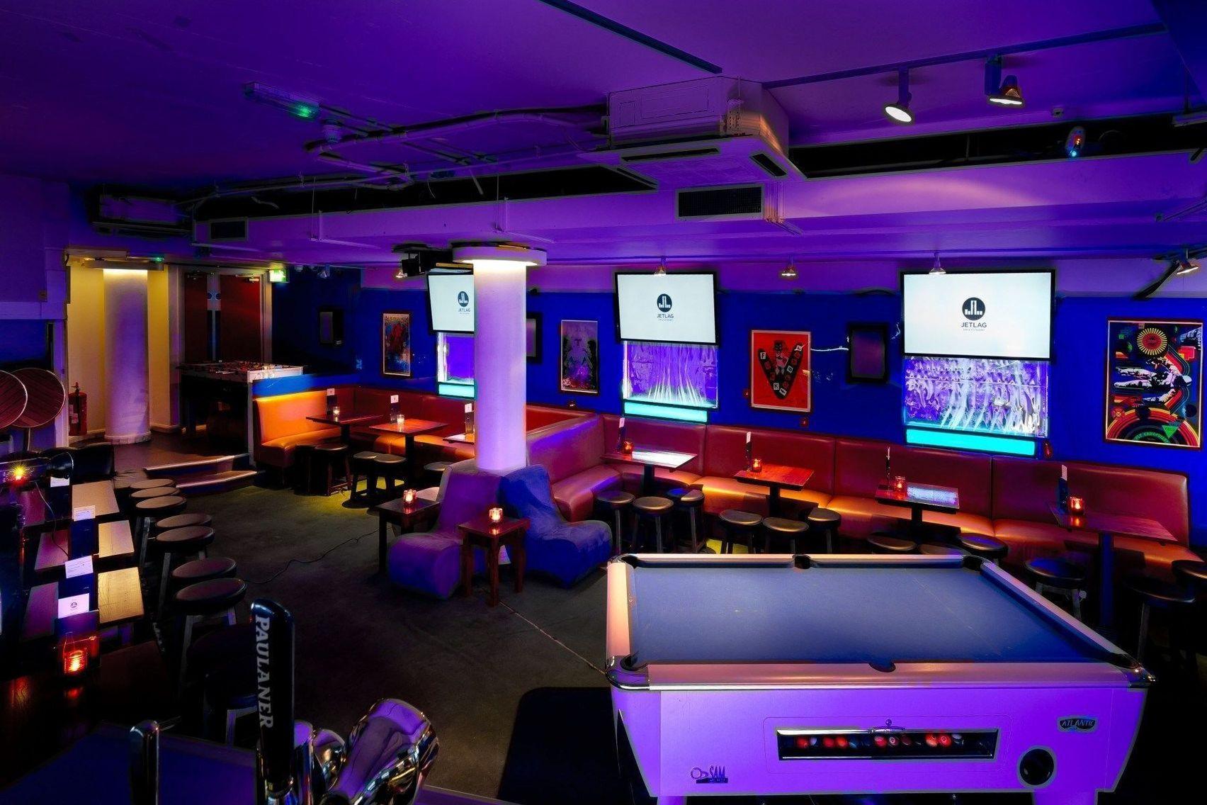Lotus Lounge, Jet lag Sports Bar