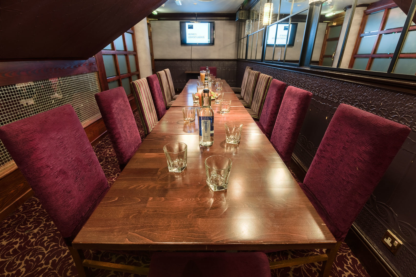 Dinner, Private Dinning Room, Henry's Cafe Bar