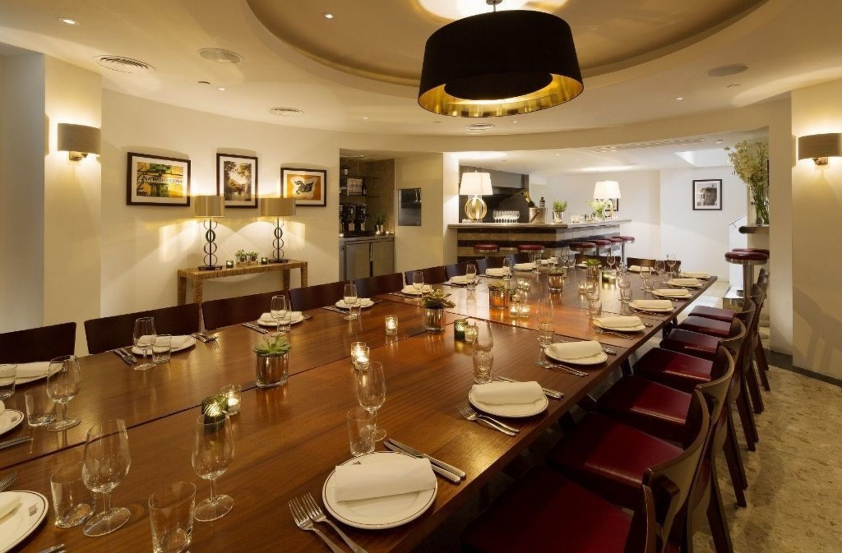 Book private dining room barrafina adelaide street for Restaurants with private dining rooms