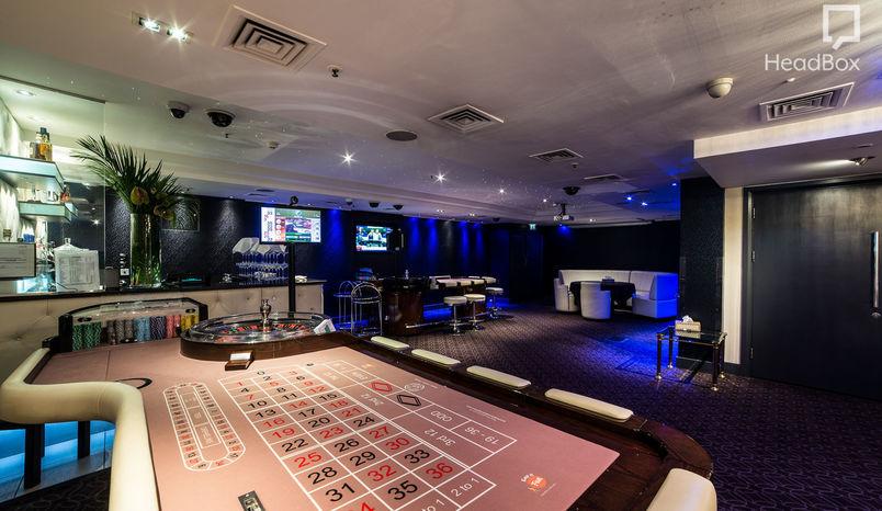 The White Room, Barracuda Casino