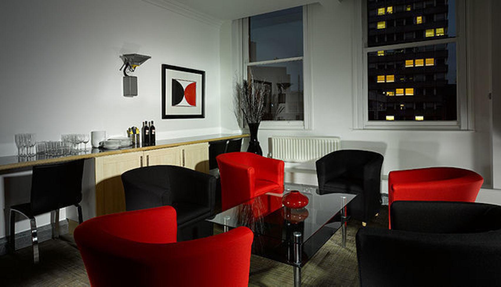 Studio Two, Aspect Viewing Facilites
