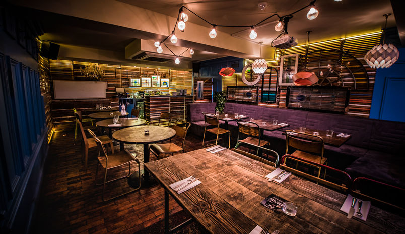 Lounge, Dirty Bones Kensington