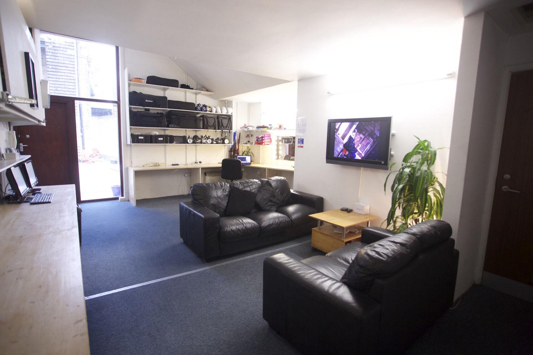 Salon, Studio 1, Studio 2, Lounge & Yard, Studio 101
