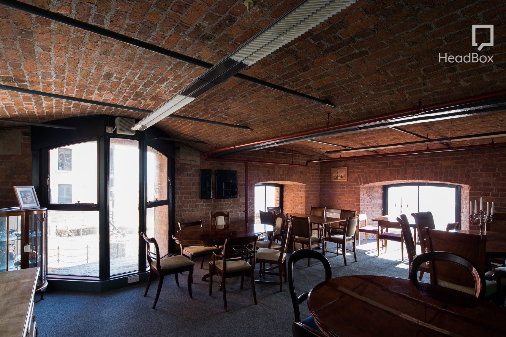The Drawing Room, Ziferblat Liverpool