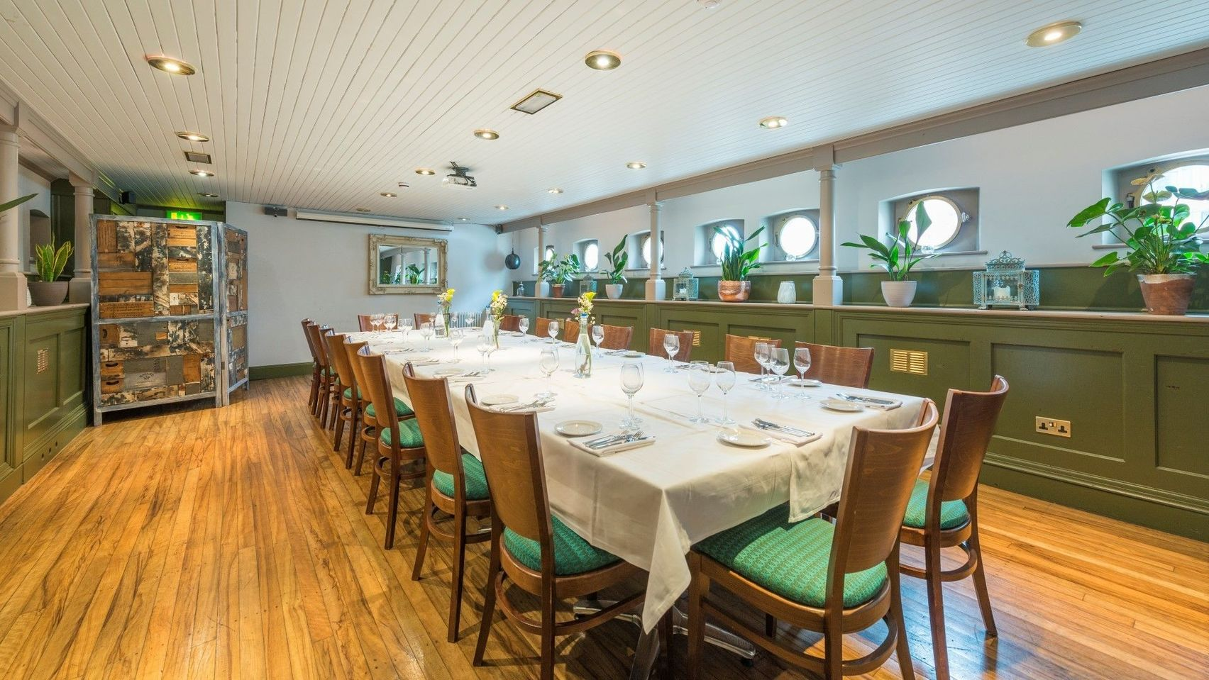 Book the lower deck private dining and meeting room for Best private dining rooms bristol