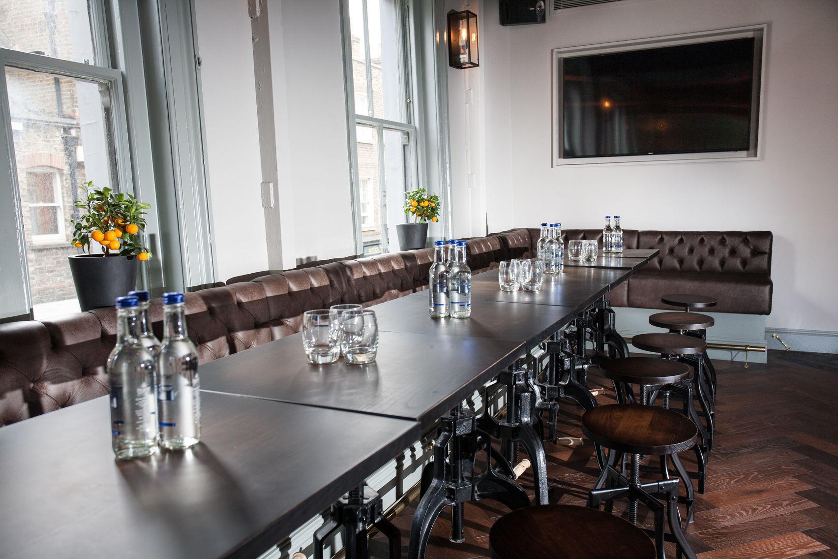 Saloon Bar on the First Floor, The Marylebone