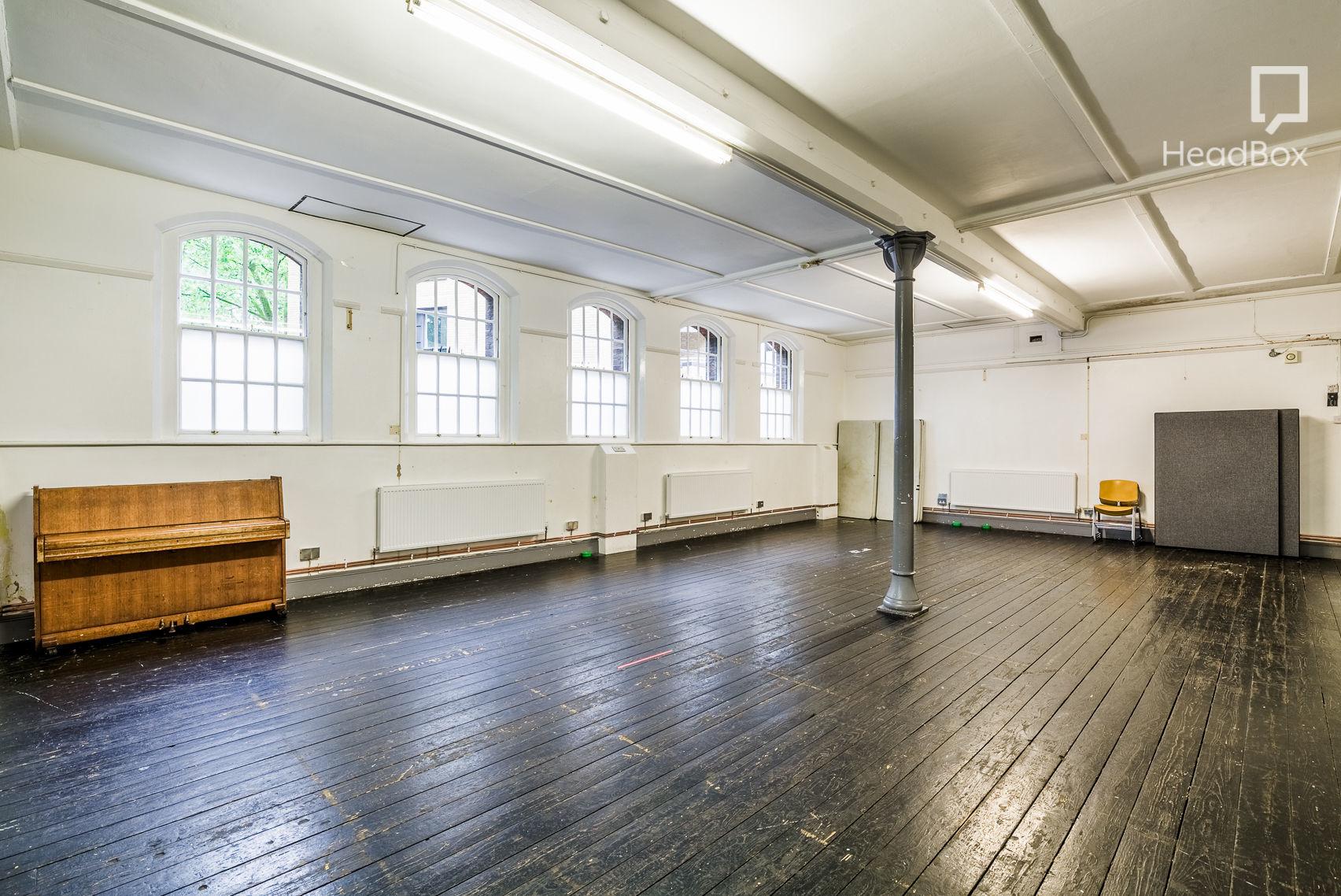 Lower Hall, Union Chapel