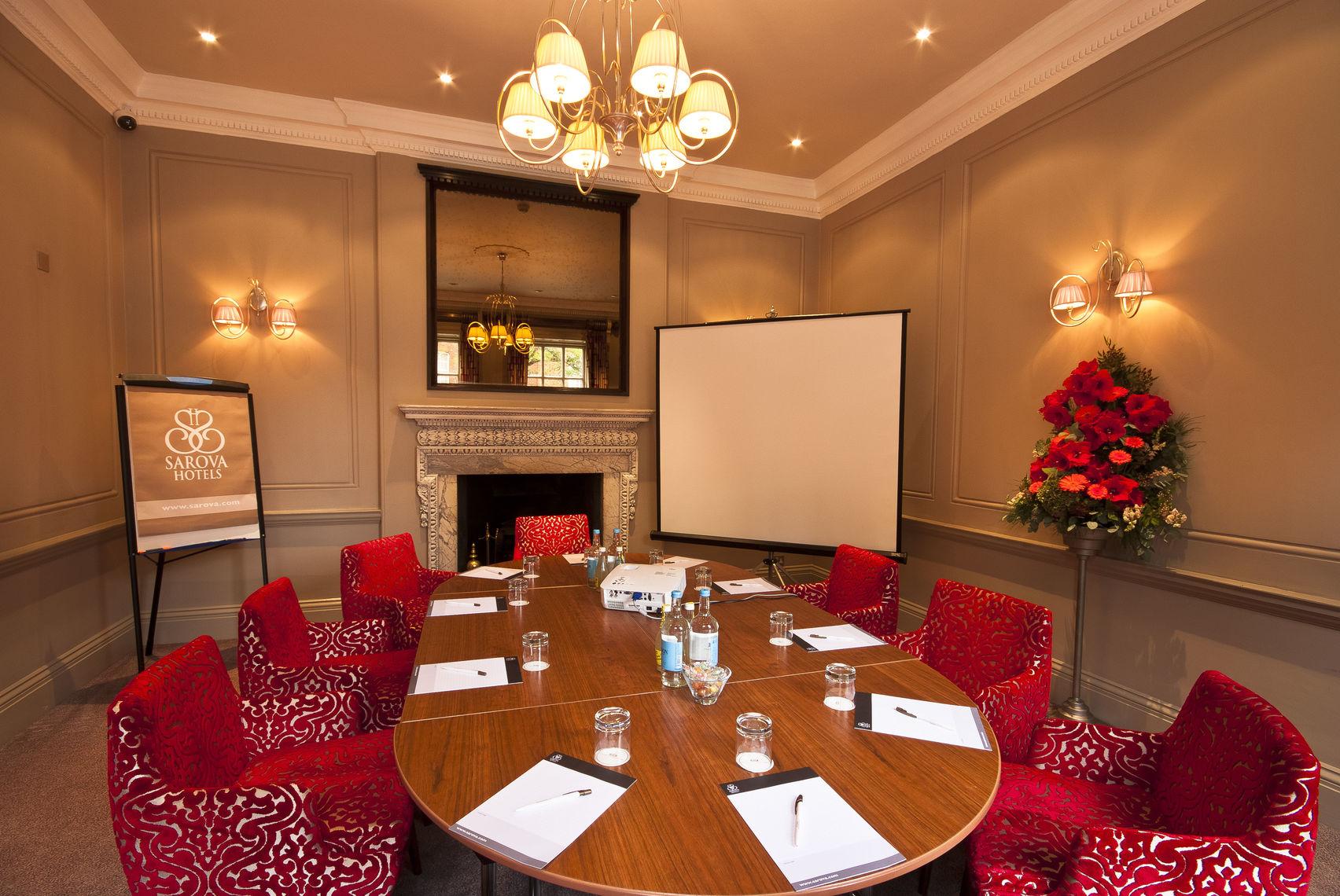 Sienna Room, Sir Christopher Wren Hotel