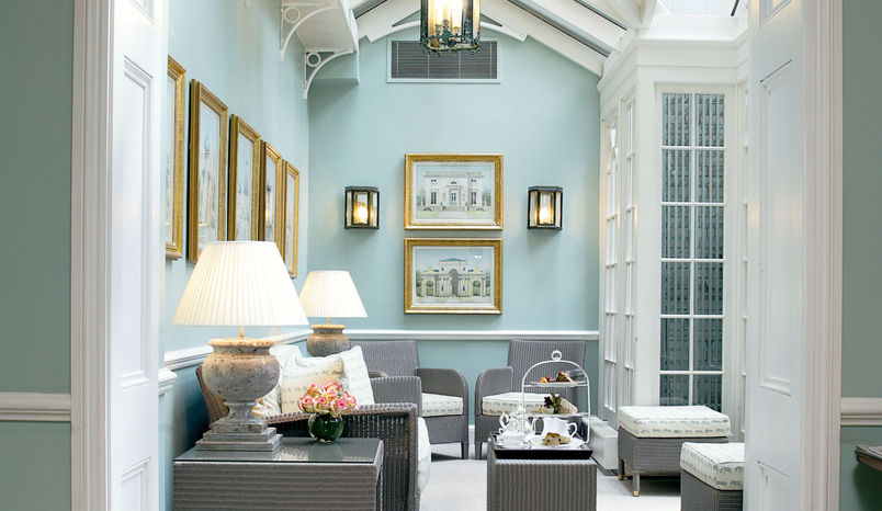 The Drawing Room, Dukes London