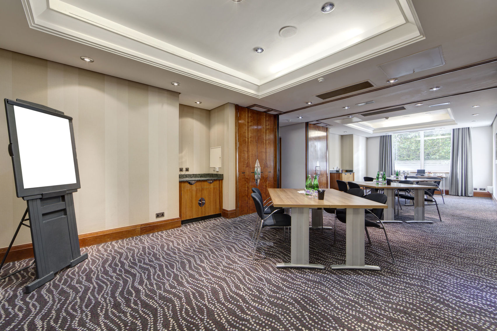 Park and Porchester Rooms , Thistle Kensington Gardens Hotel