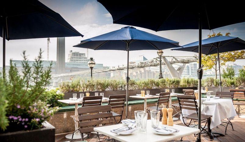 Bar/Terrace, Northbank Restaurant