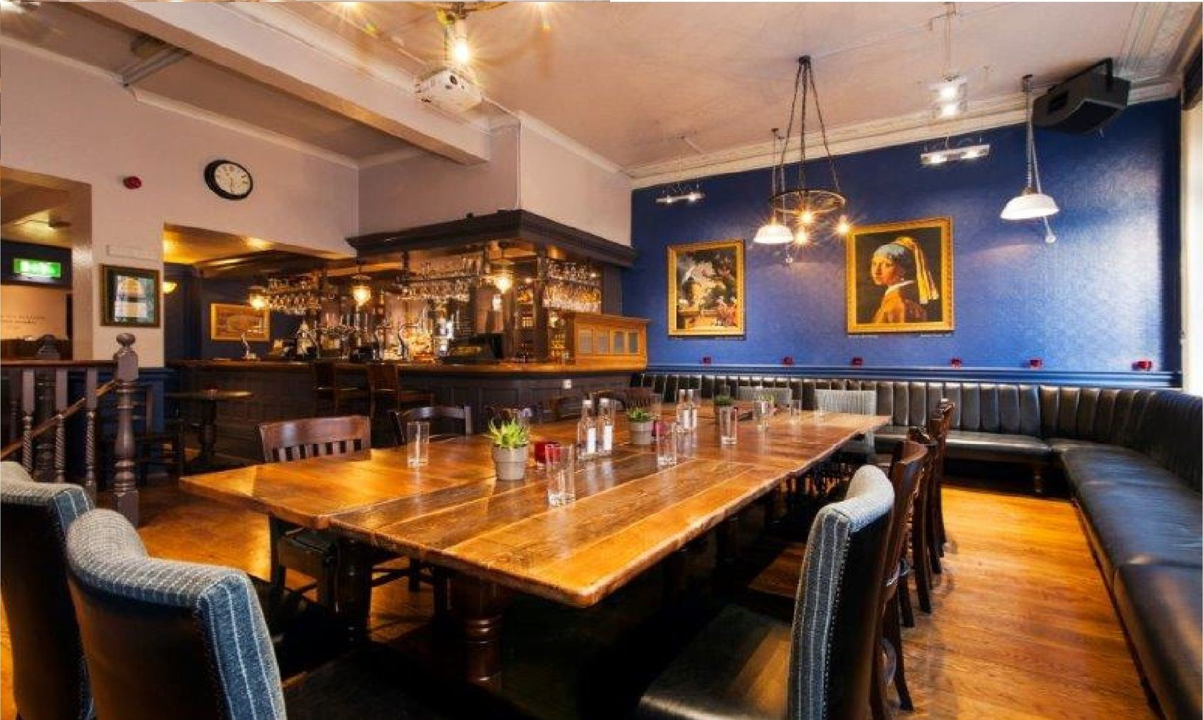 De Hems Cafe Bar London