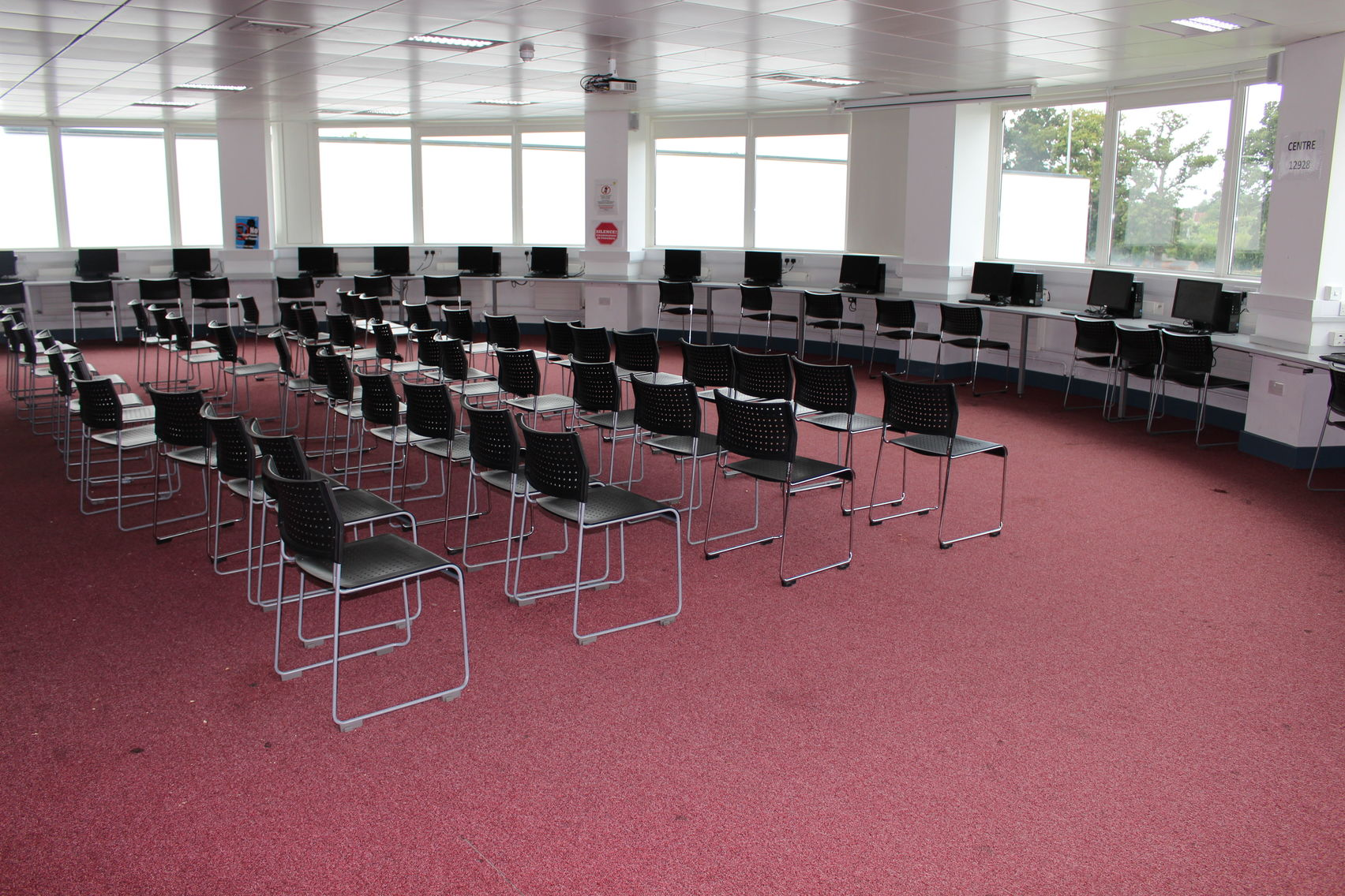 Circular Conference Room, SLS at The Harefield Academy