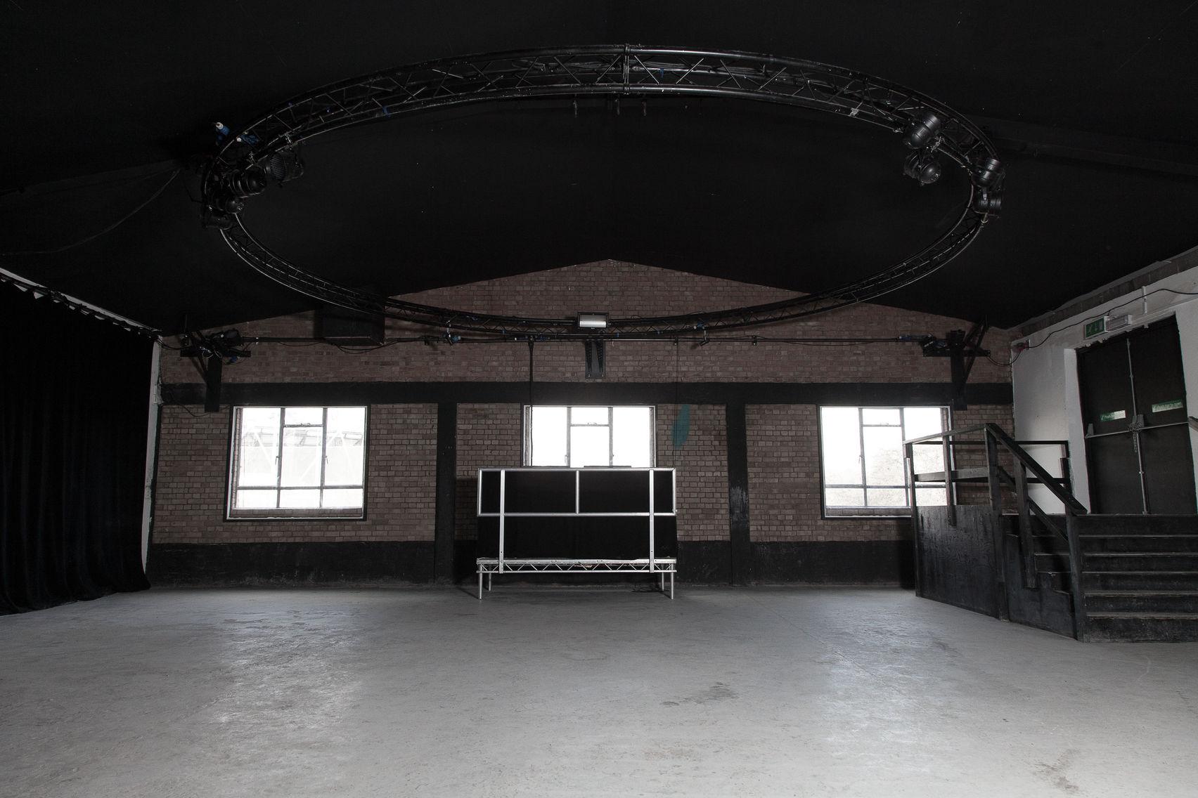 Full Venue, Autumn Street Studios