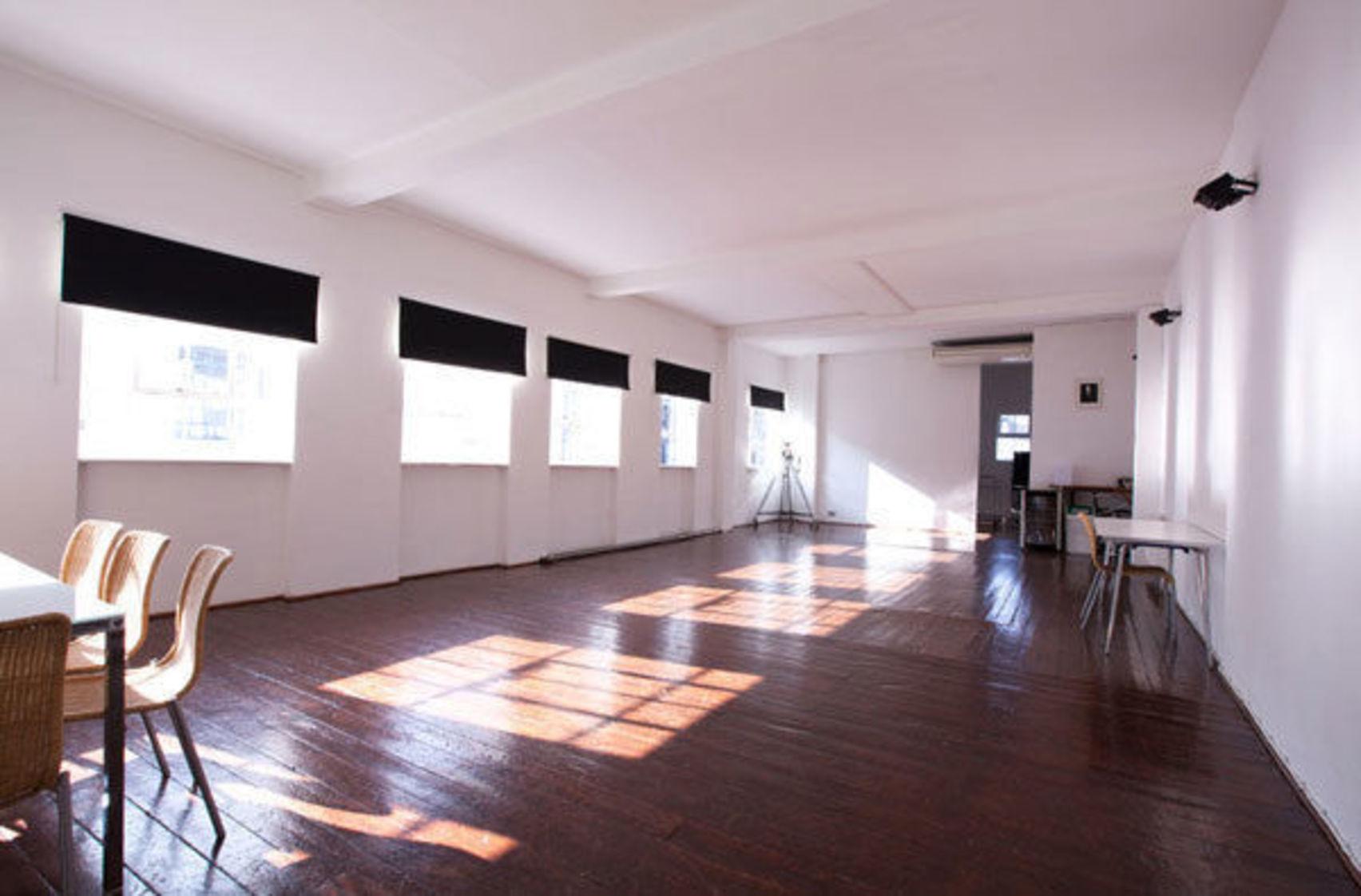 Studio 4, The Worx