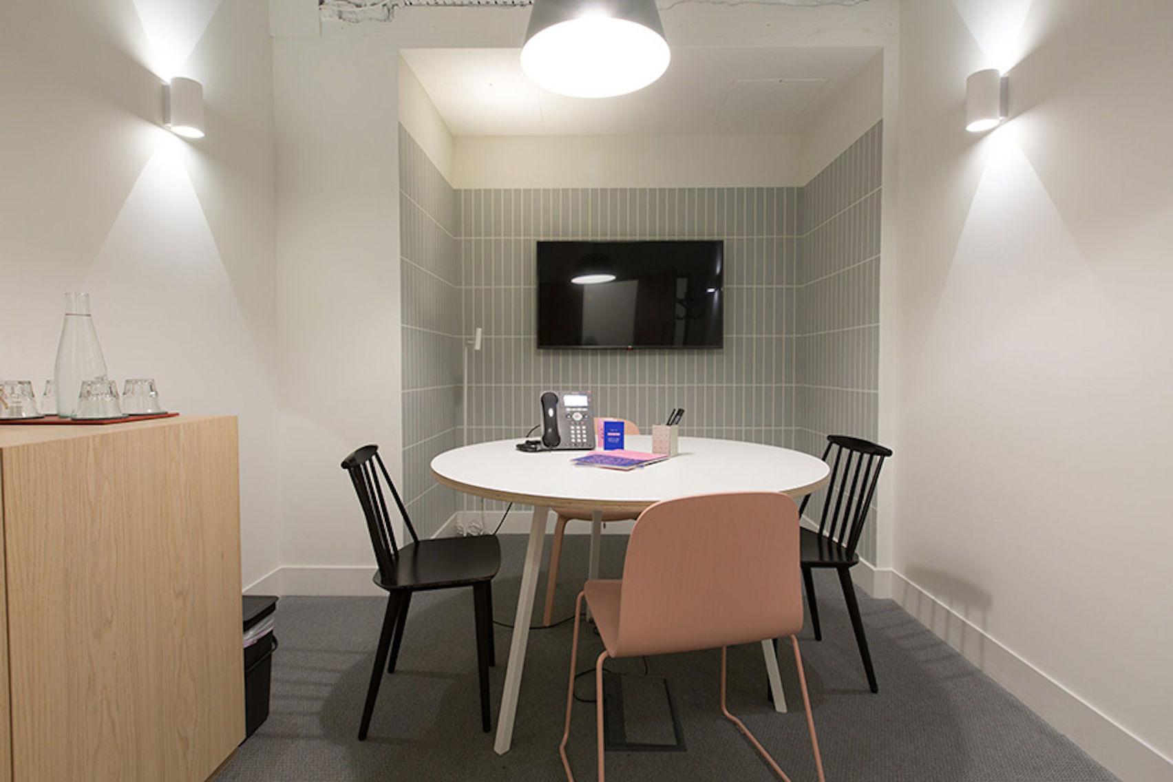 Meeting Room 4, TOG Lloyd's Avenue