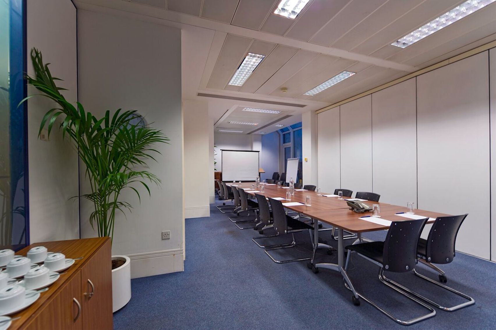 Winchester Cathedral, Regus, St Pauls