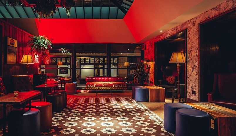 Lounge , 100 Wardour Street