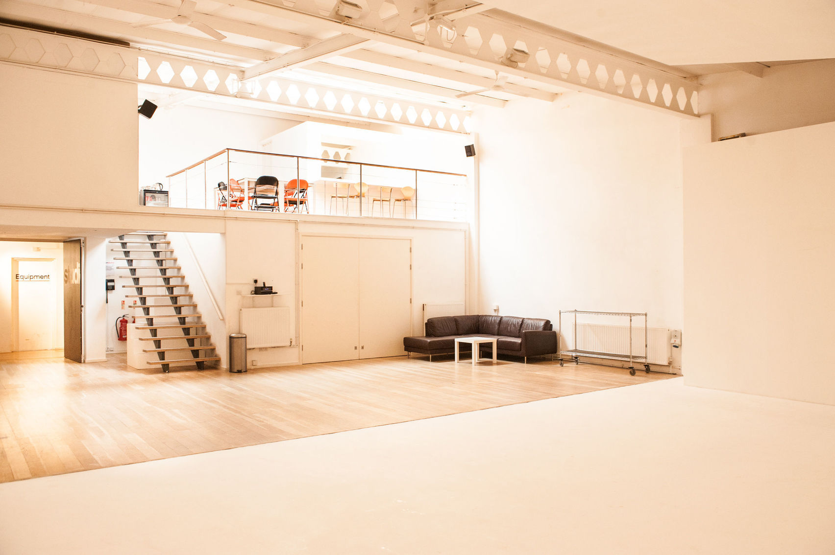 Studio 2, Jet Studios