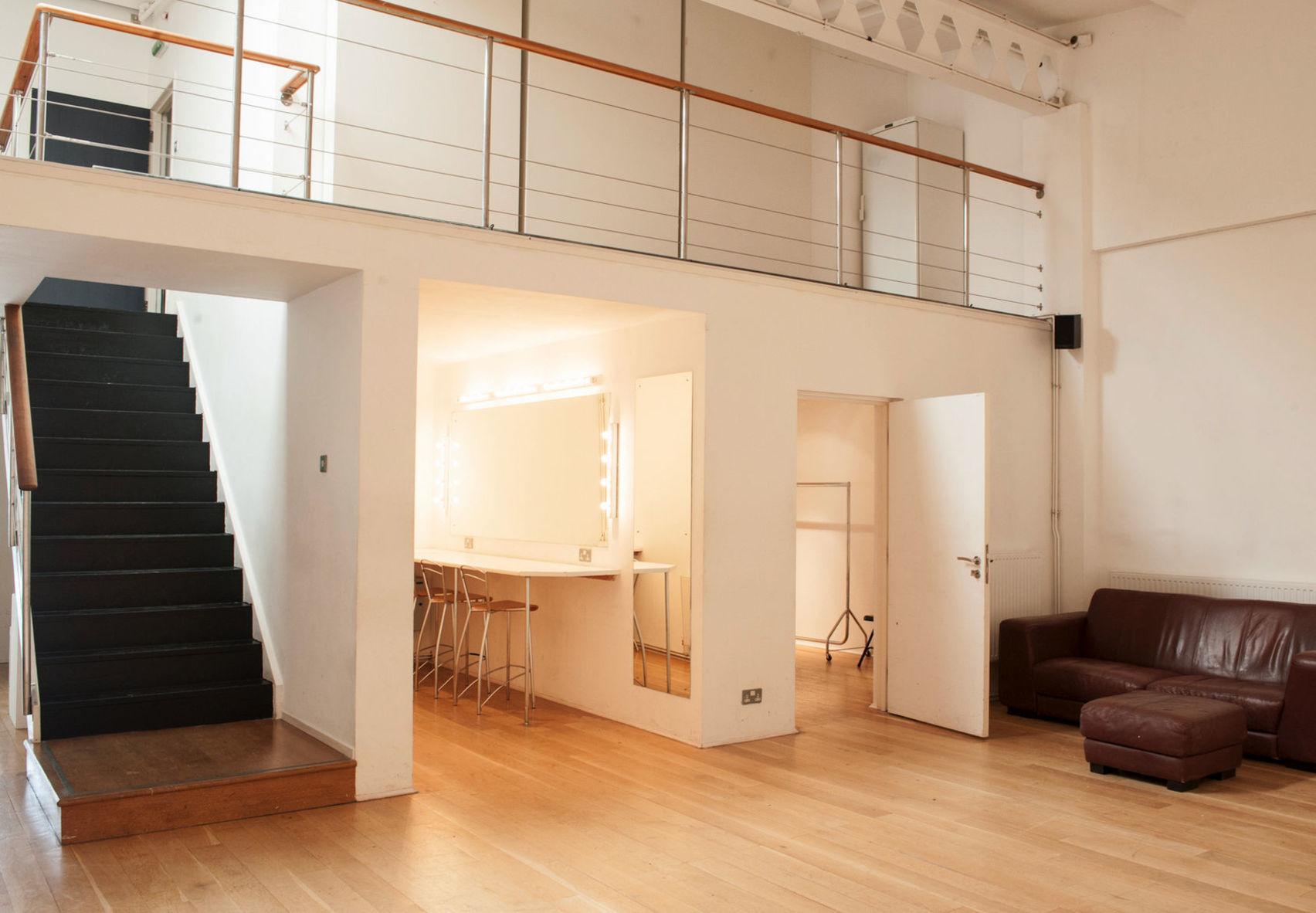 Studio 1, Jet Studios