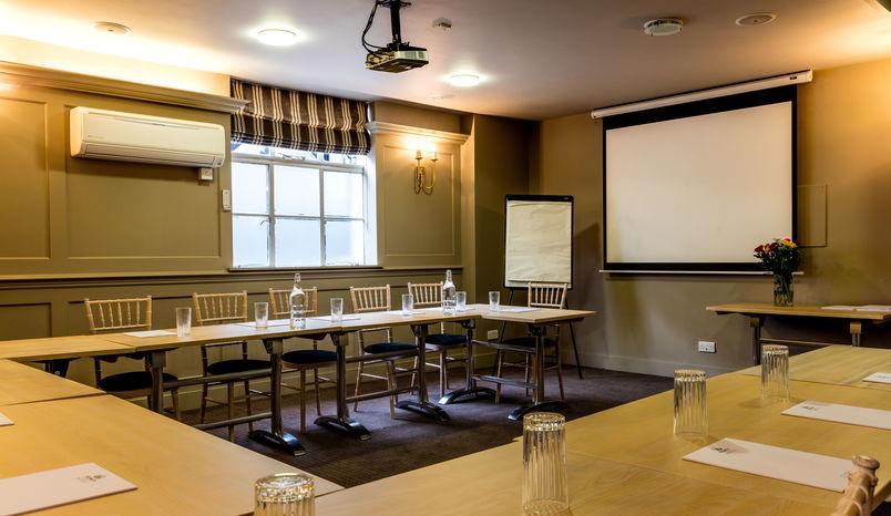Ponds Meeting room, Greyhound