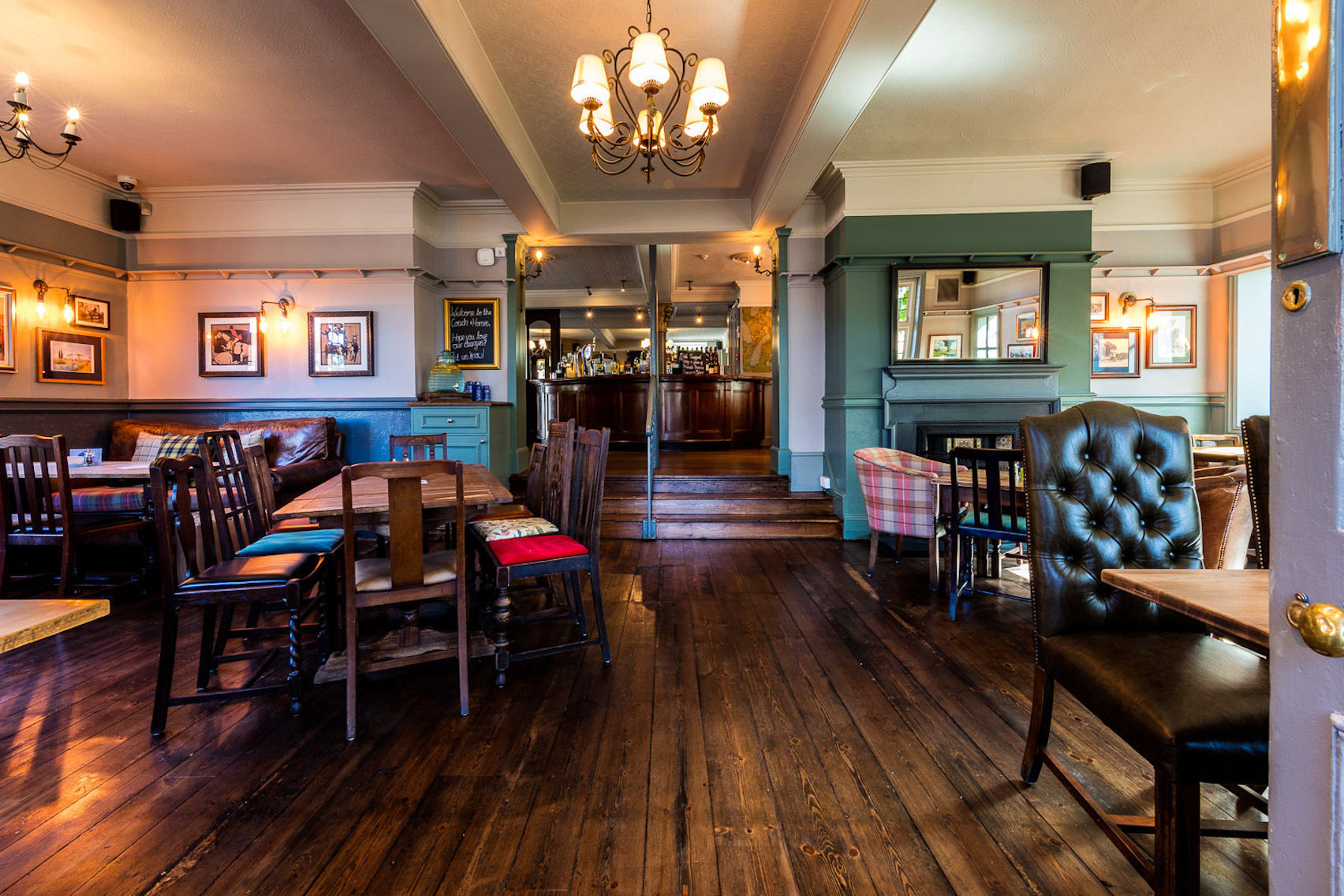 Lounge Bar, Coach & Horses, Isleworth