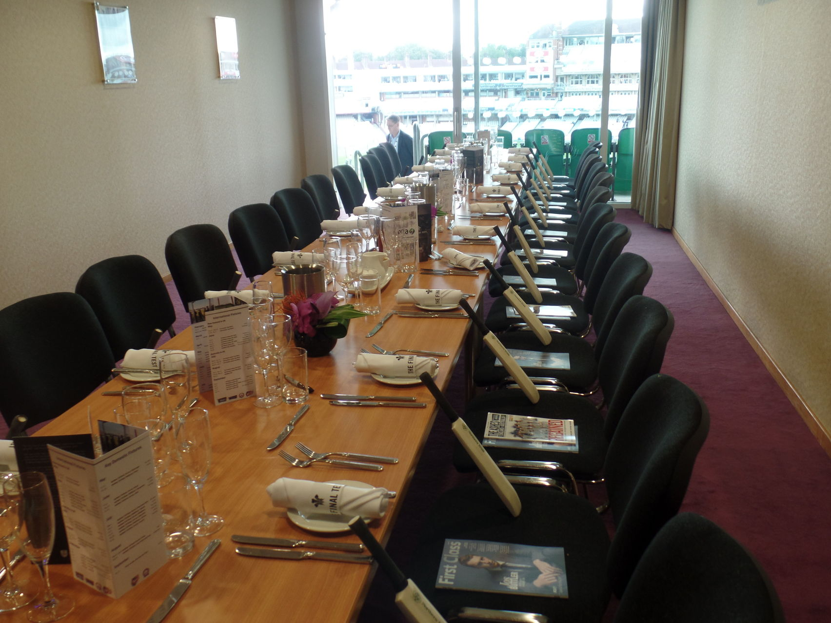 Single Executive Box, Kia Oval Cricket Stadium