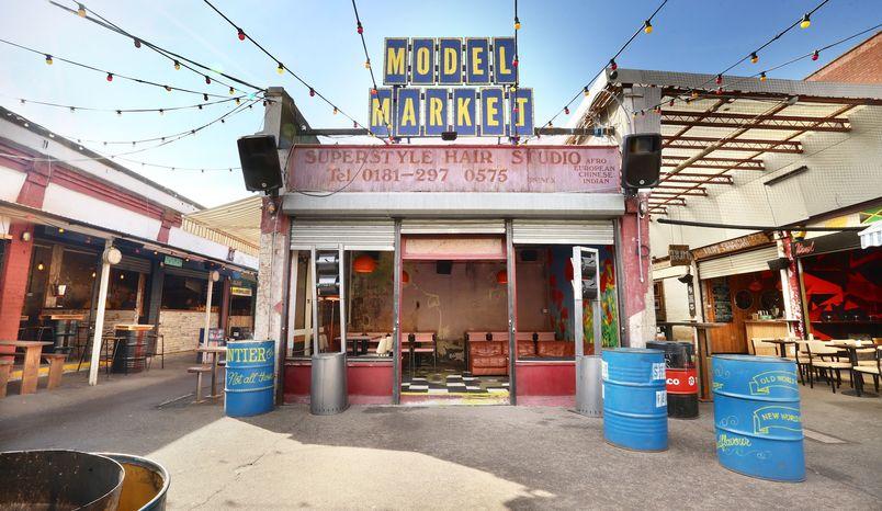 Whole Venue, Model Market