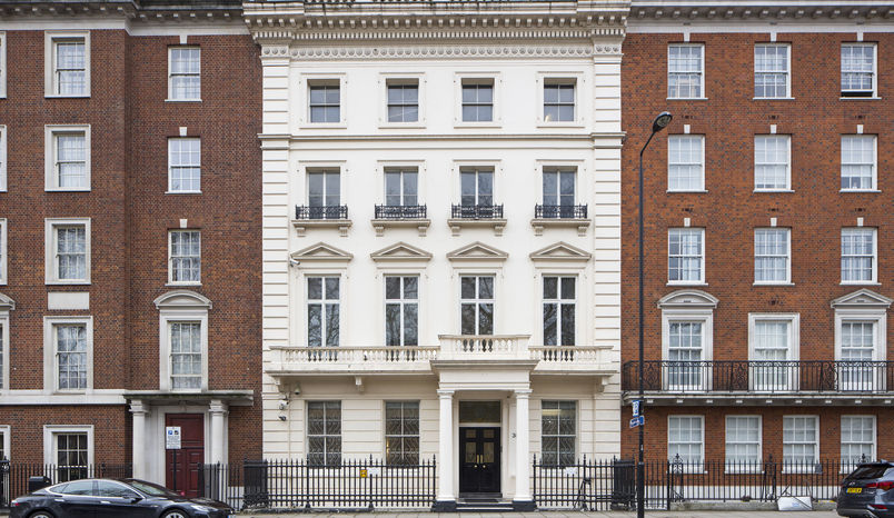 38 Grosvenor Square, Venue Lab