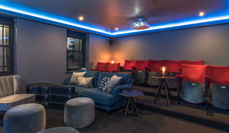 The Screening Room, Club 16