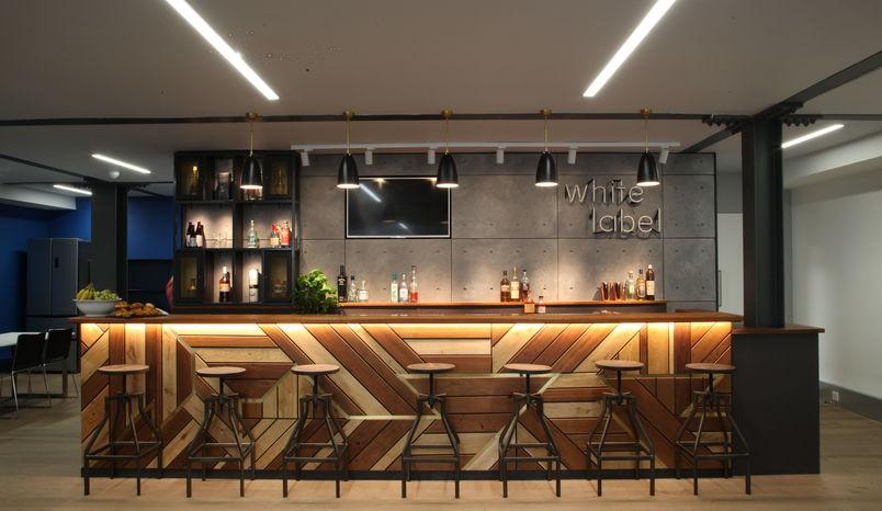 Boardroom & Bar, 32 Parker Street