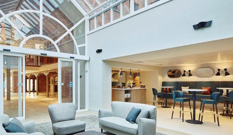 John Logie Baird Suite, Manchester Victoria & Albert Hotel