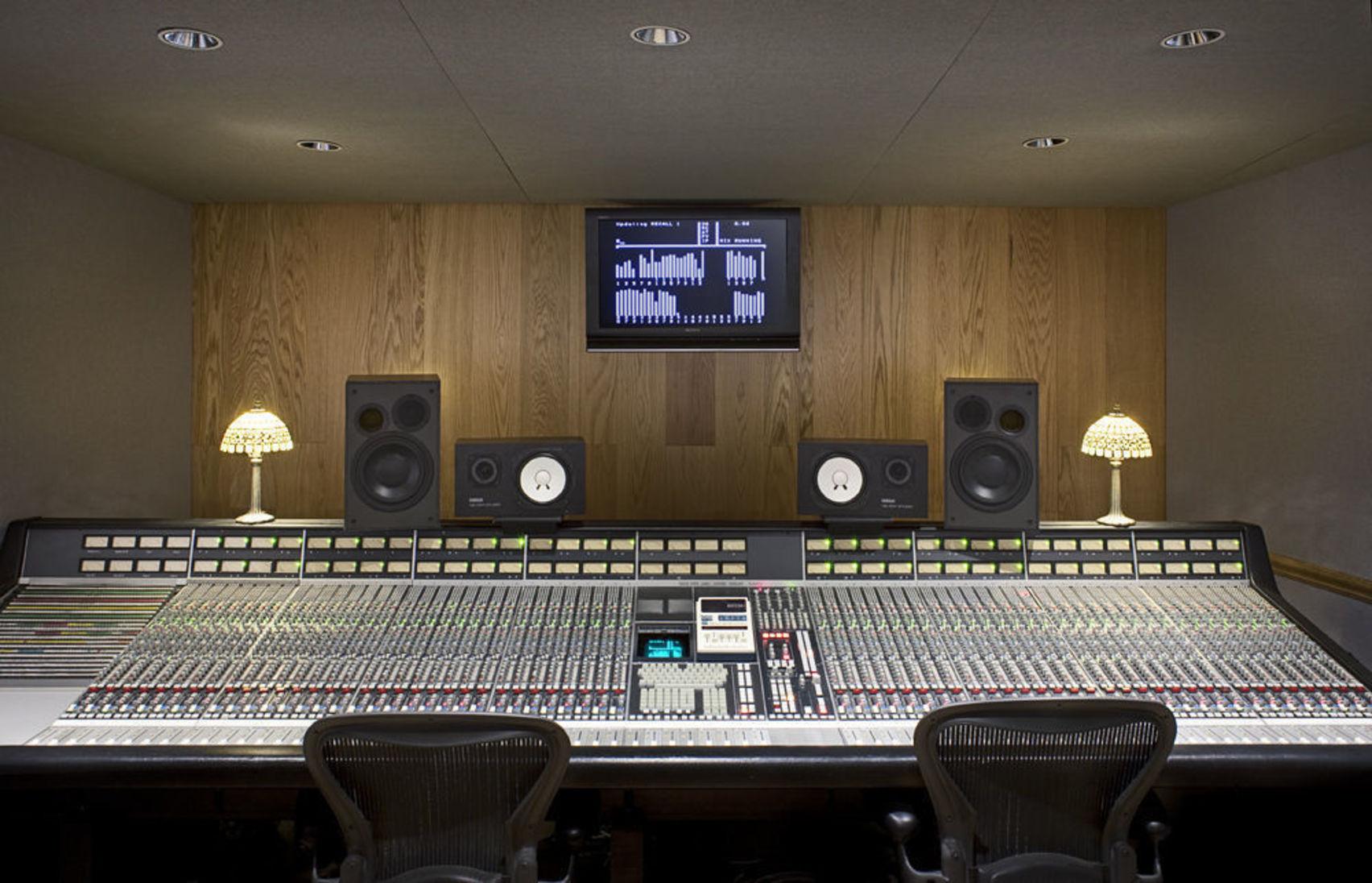 Whole venue hire, Artillery Studios